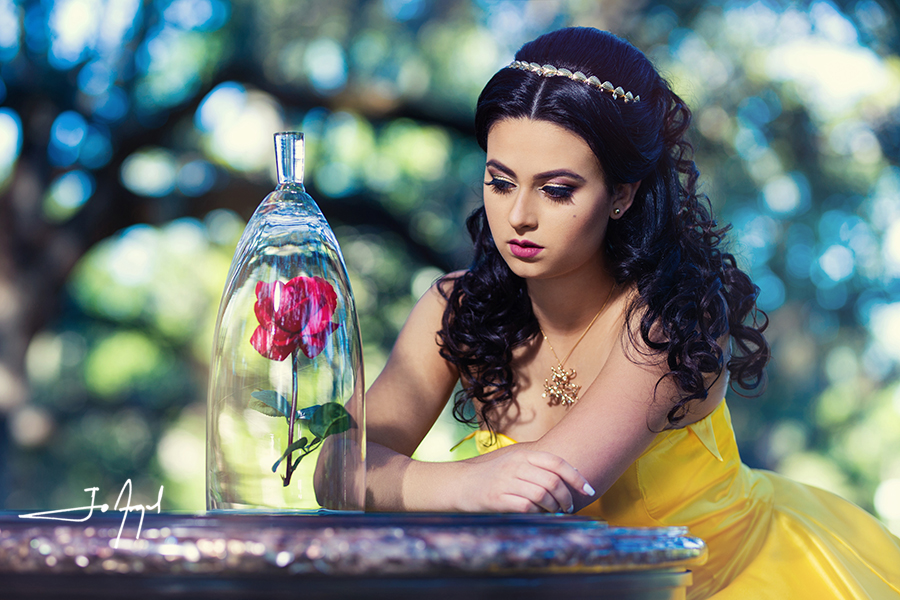 Beauty-and-the-Beast-Quince-Photoshoot-02