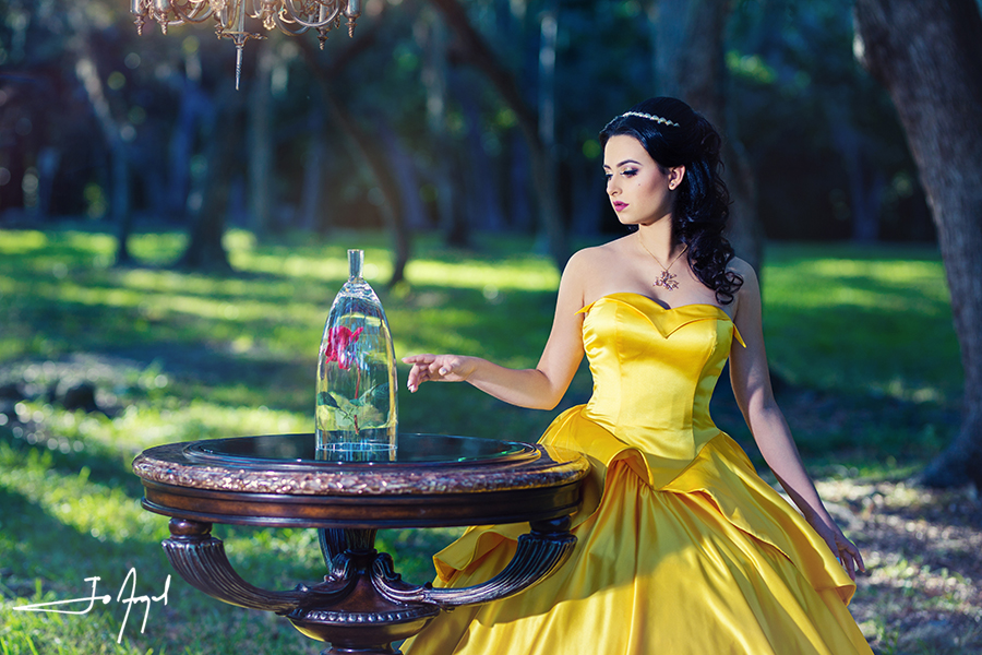 Beauty-and-the-Beast-Quince-Photoshoot-03