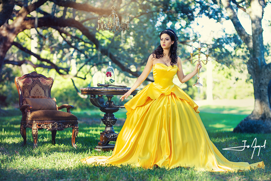 Beauty-and-the-Beast-Quince-Photoshoot-04