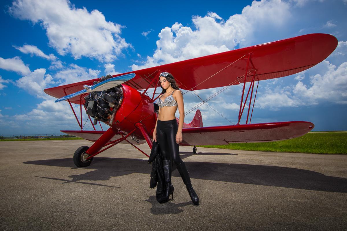 Quinceanera-airplane-photoshoot-miami